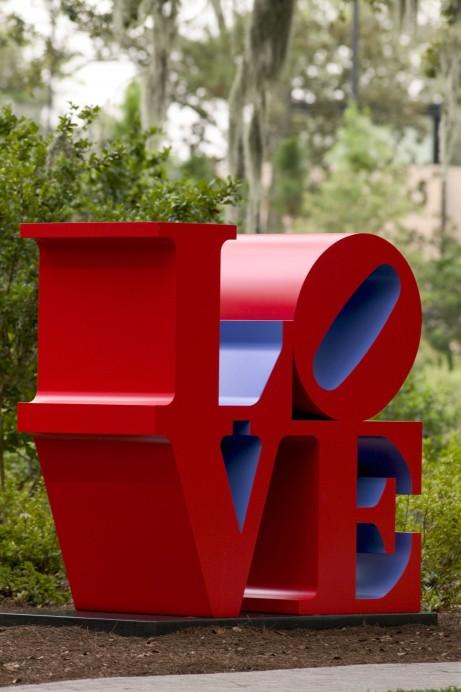 love-statue-nola